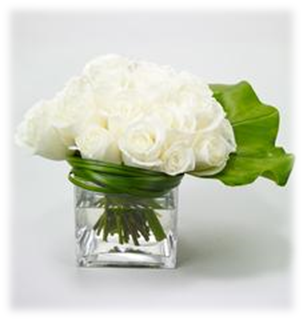 Sympathy white low lush Roses.png