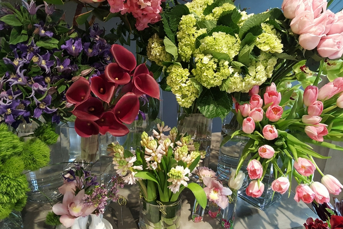 Floral arrangements for any occasion, holiday or event.
