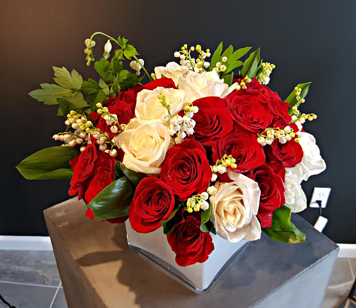 Flowers for restaurant decor by Bouquets & Beyond