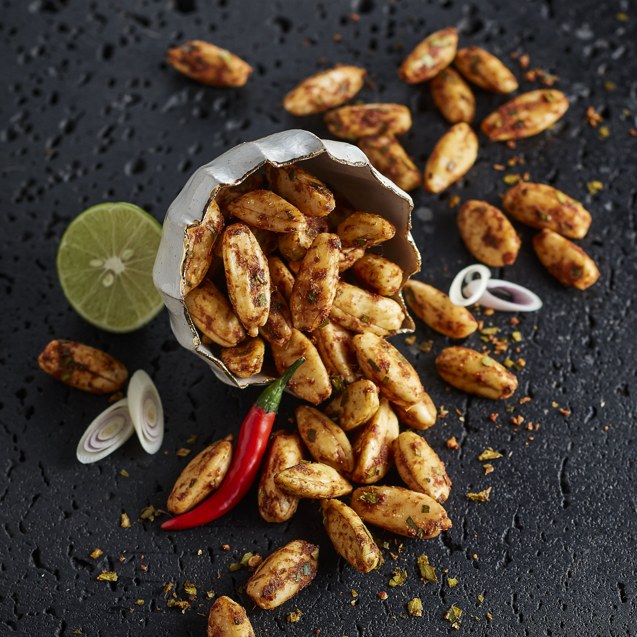 CHIANG MAI CHILLI LIME PREMIUM PILI NUTS