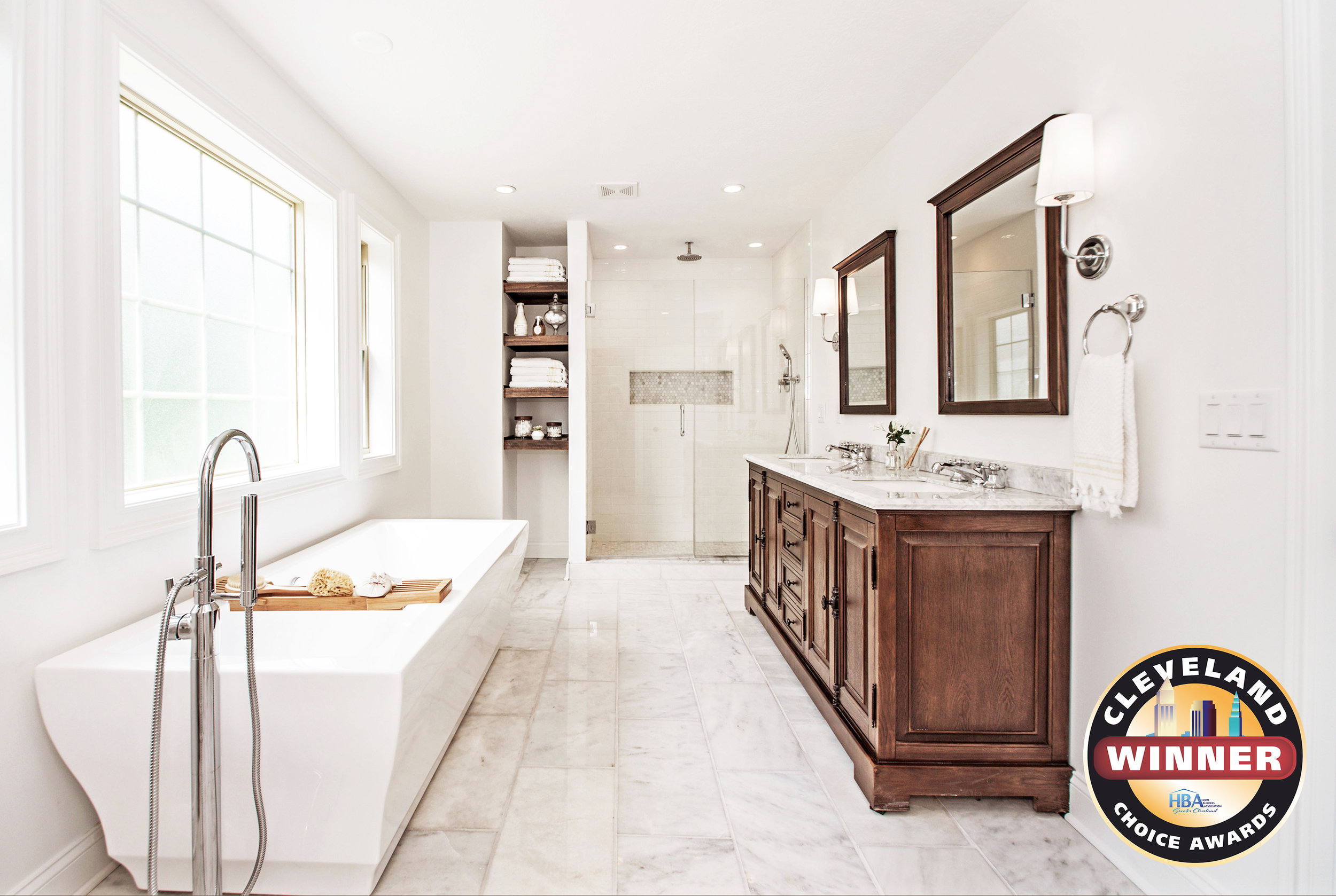 Lincoln_28401 Master Bath_Win.jpg