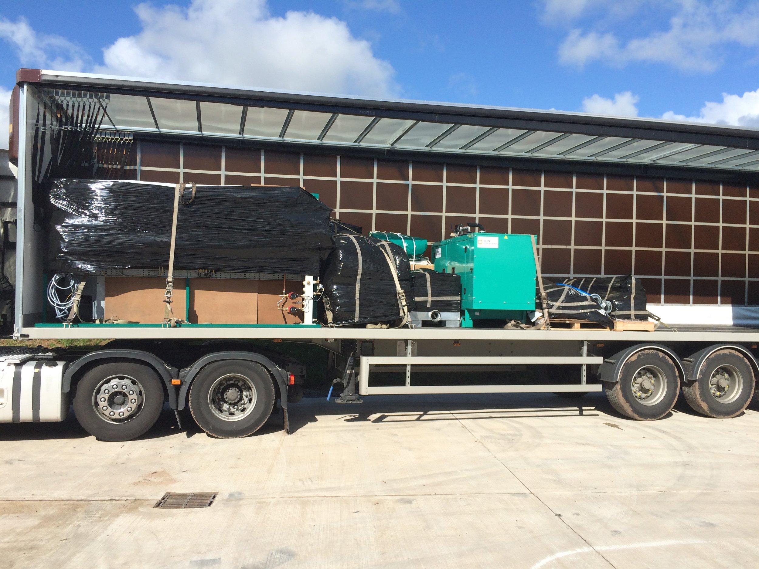 QUBE renewables - quickQUBE - on the lorry.JPG