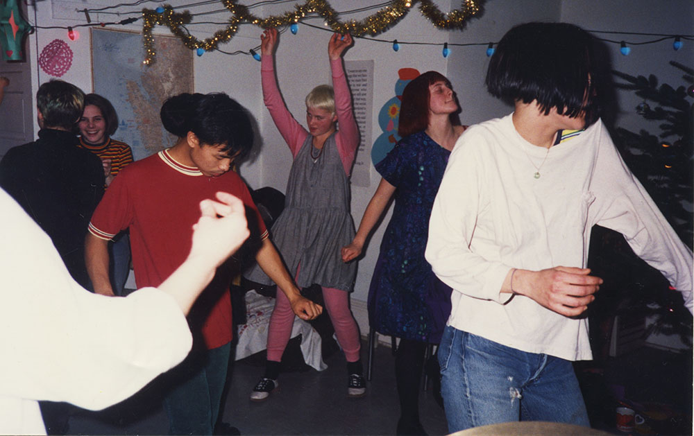 Laundry room dance party in Olympia