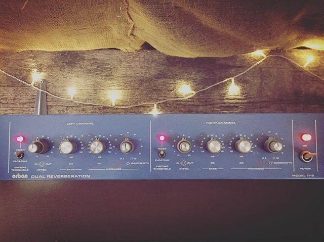 Vintage spring reverb yumminess up in the studio !! 🔥🔥🔥#springreverb #dub #reggae #analoguefilm  #outboard #studiogear #orban111b #eskimonebula  @backbeatdeano @adjuasounds