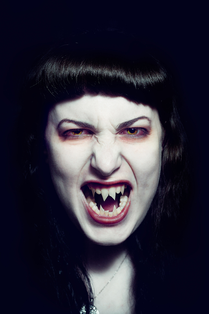 vampire-Anna-Roberts-Photography.jpg