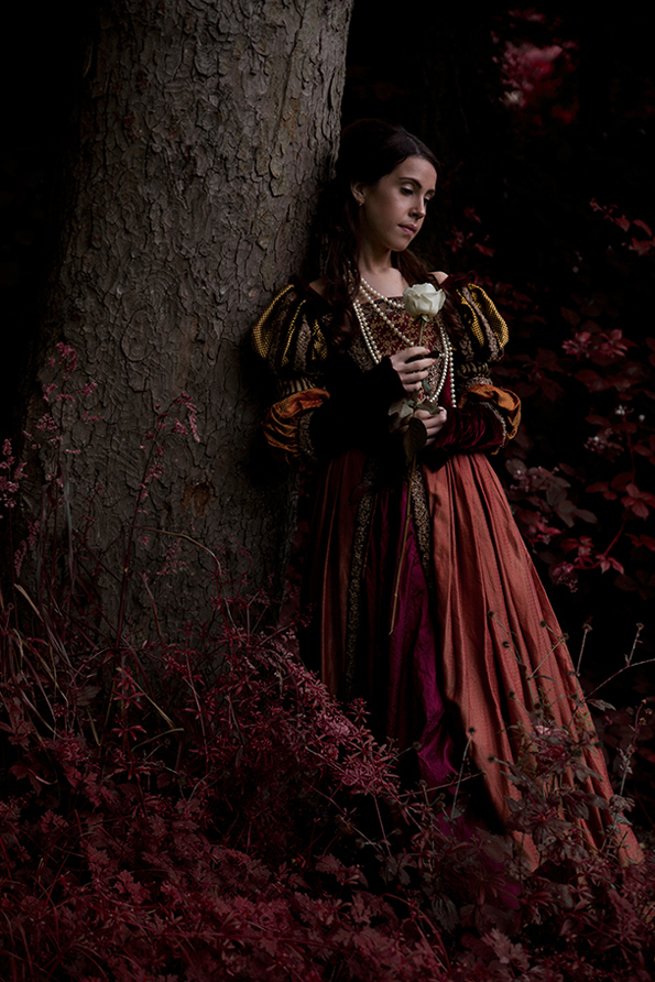 Tudor-portrait-Anna-Roberts-Photography.jpg