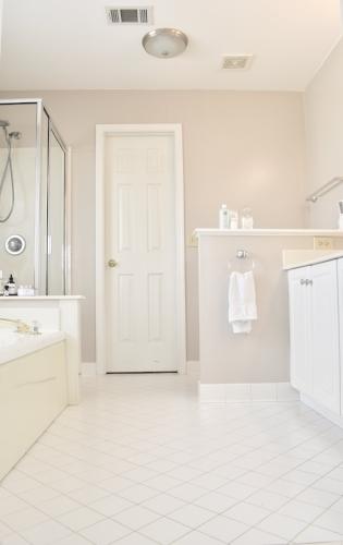 this bathroom sucks