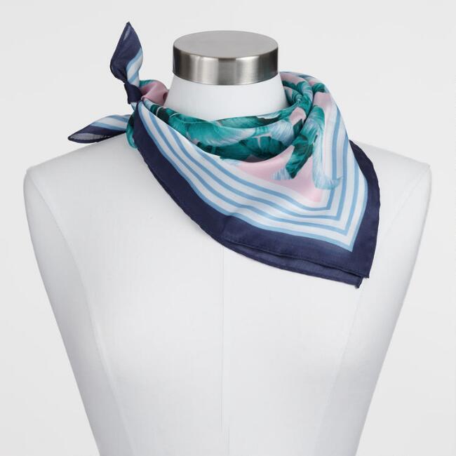 fun scarf.jpg