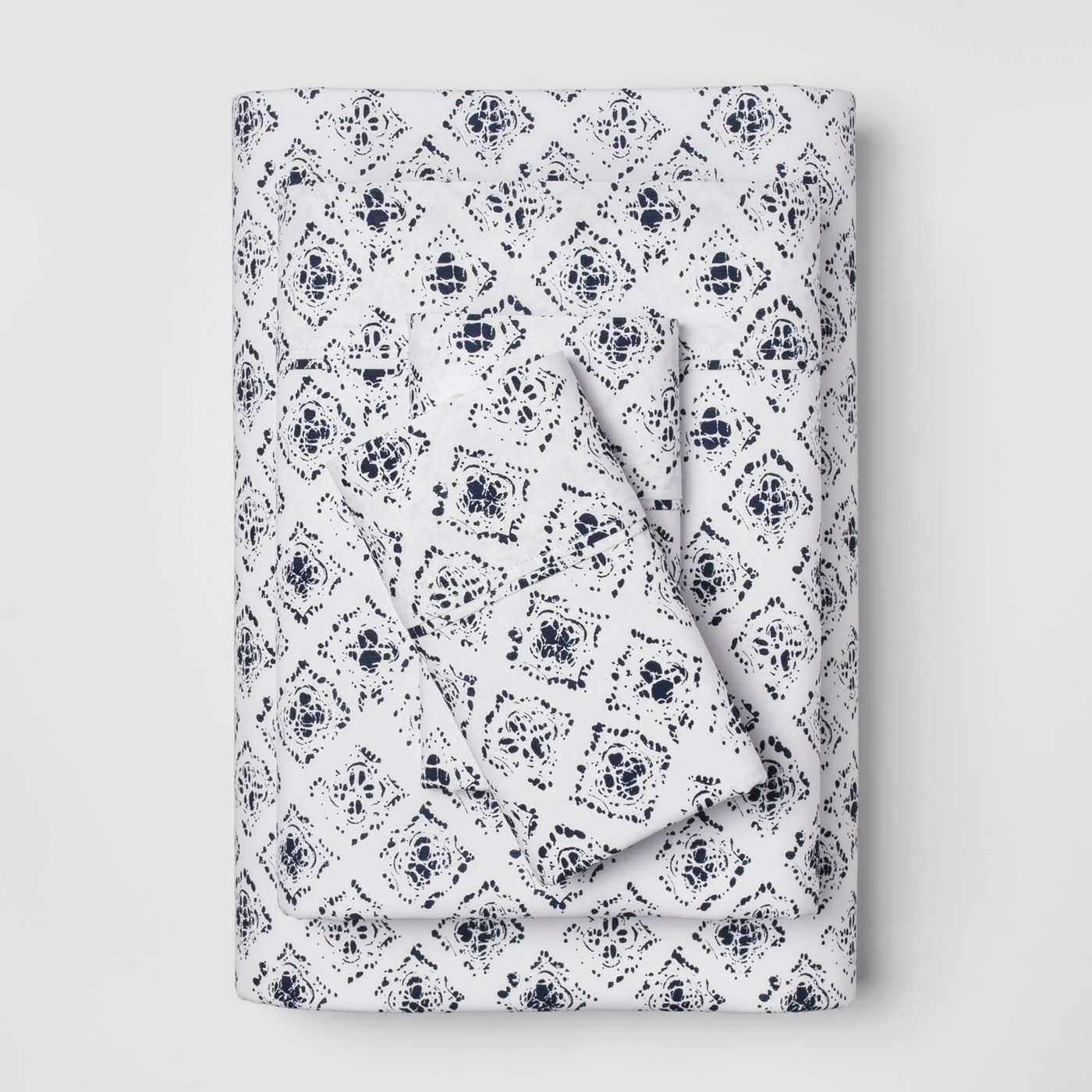 navy blue bedroom accents - these cotton sheets are so affordable