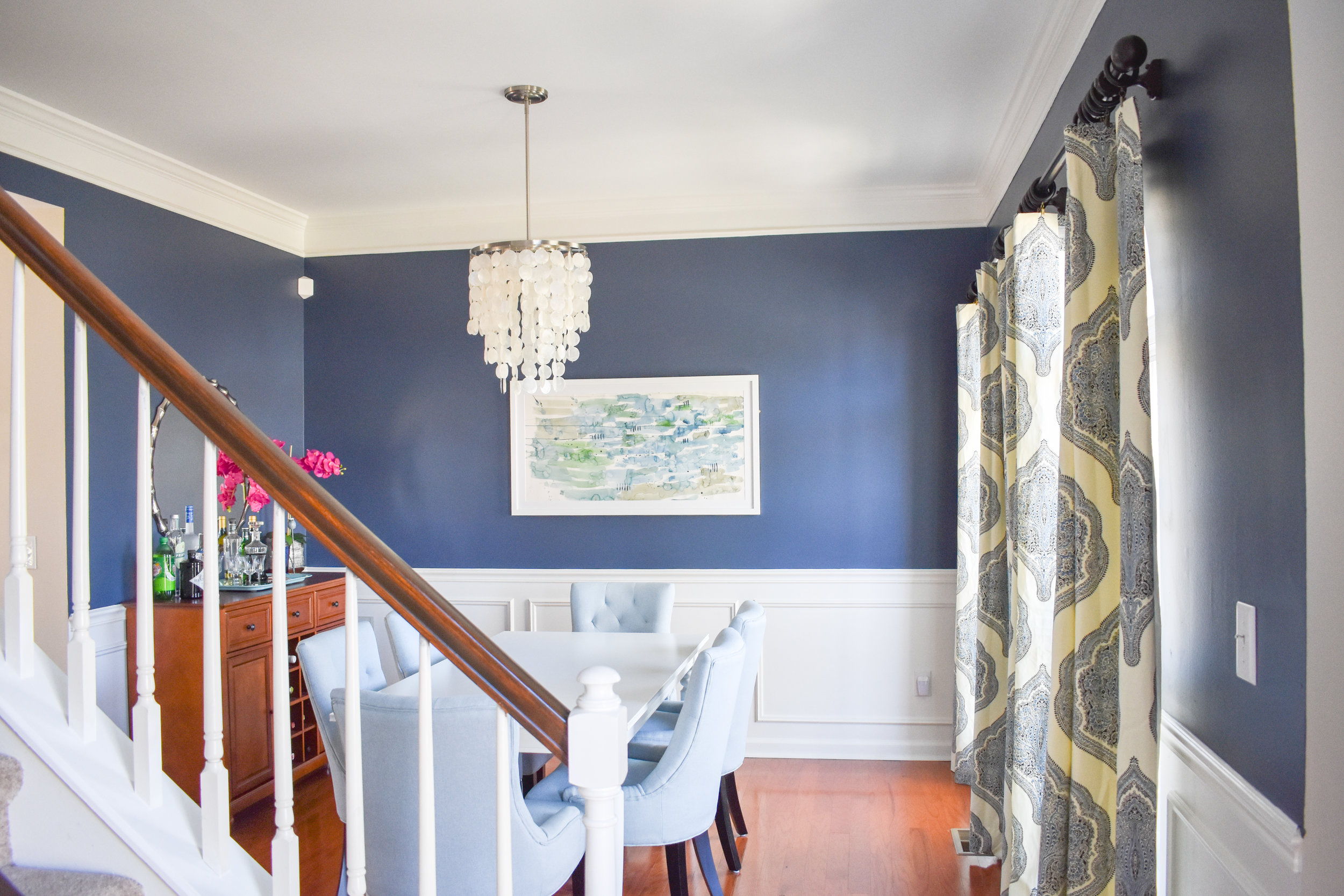Upscale transitional is the name of the suburban house game.
