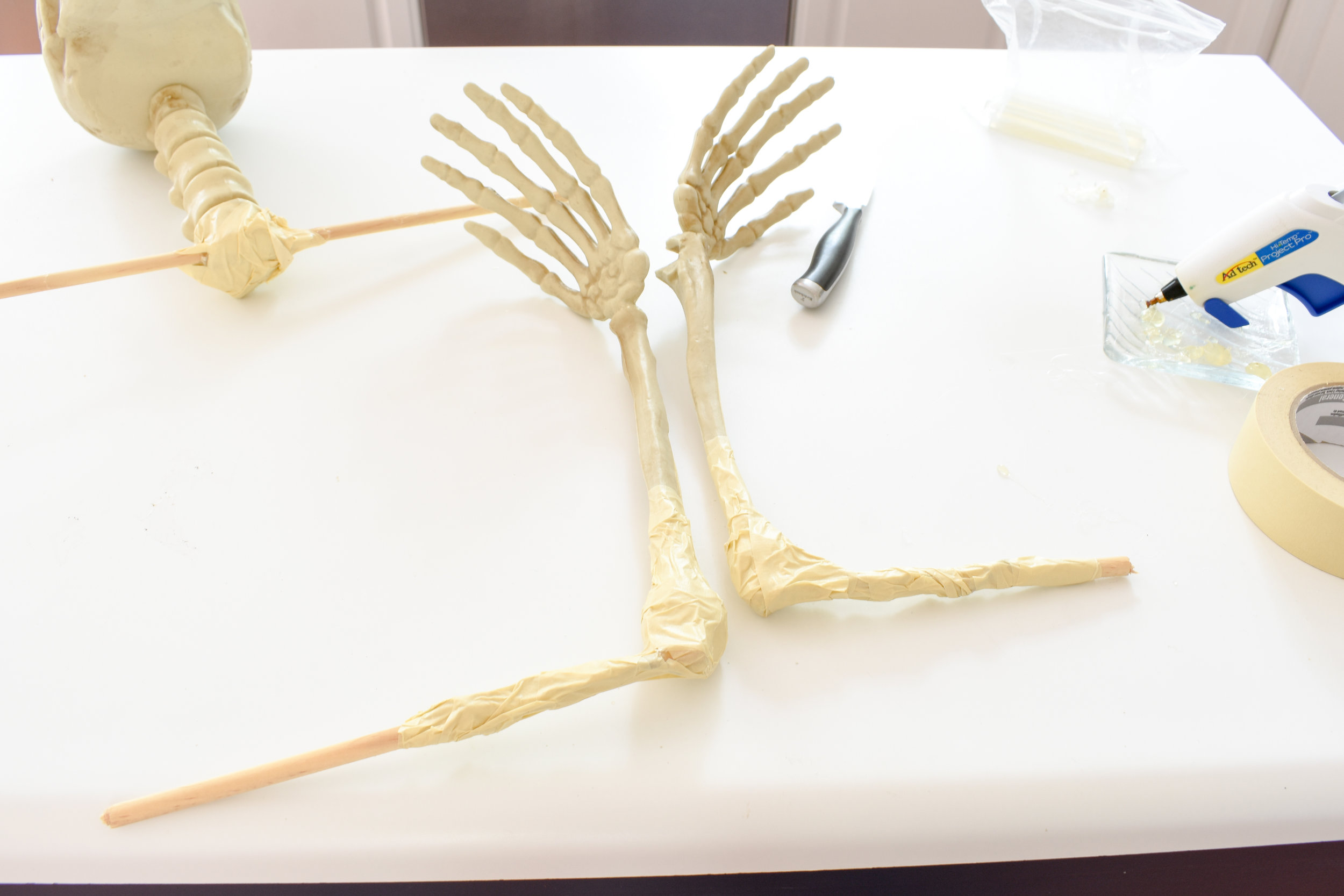 DIY life sized skeleton from a bag of bones