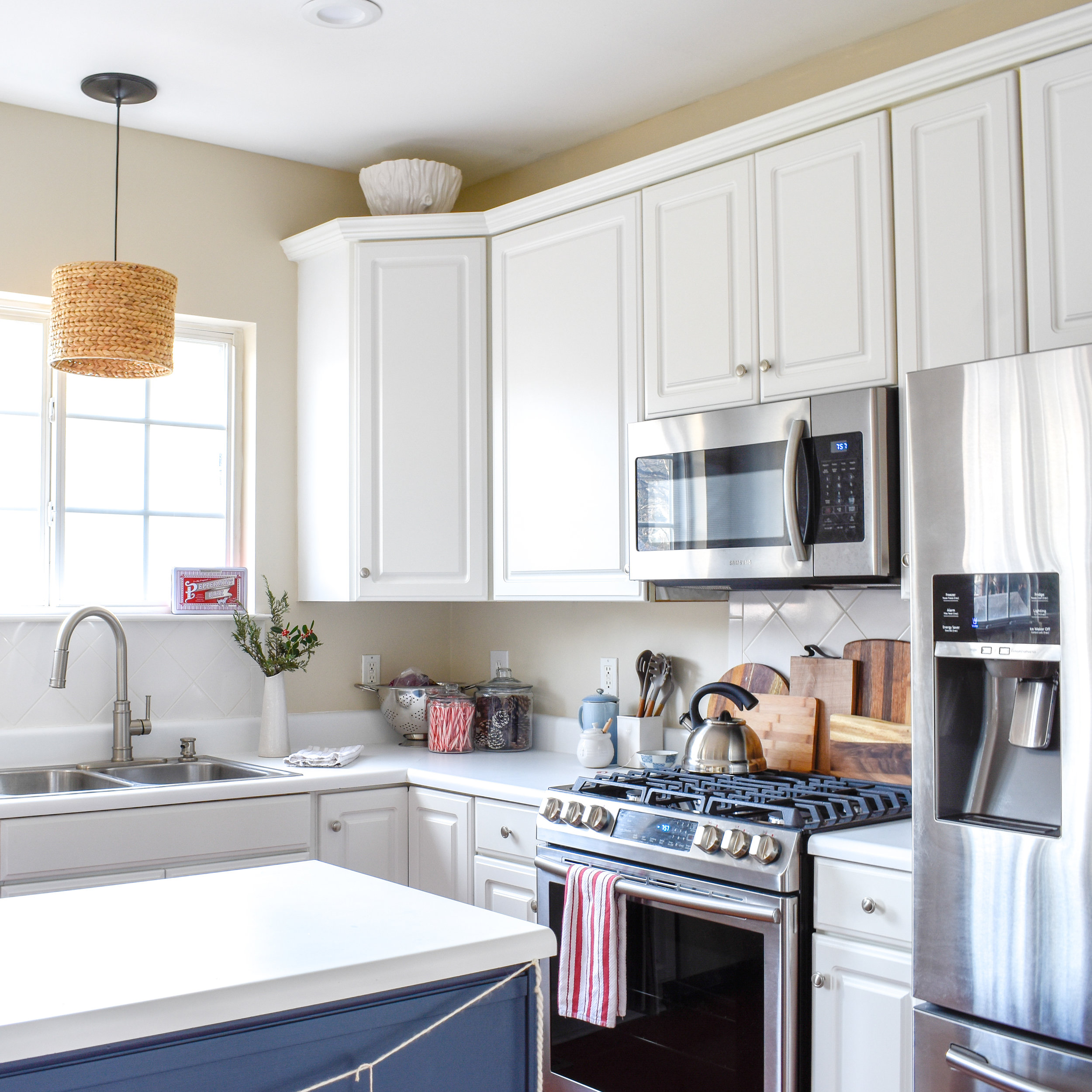 5 Upgrades Real Estate Buyers Expect To See In 2019 | Stone Countertops + Tile - Gone are the days of granite and stainless steel. The options are broader now, but you should still expect to shell out some cash to have stone countertops installed before you sell.