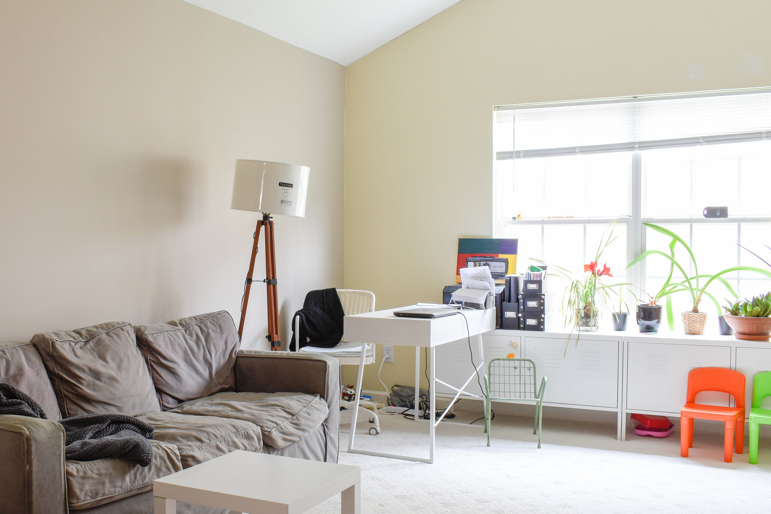 A haphazard bonus room gets a fresh facelift during this Spring's One Room Challenge.