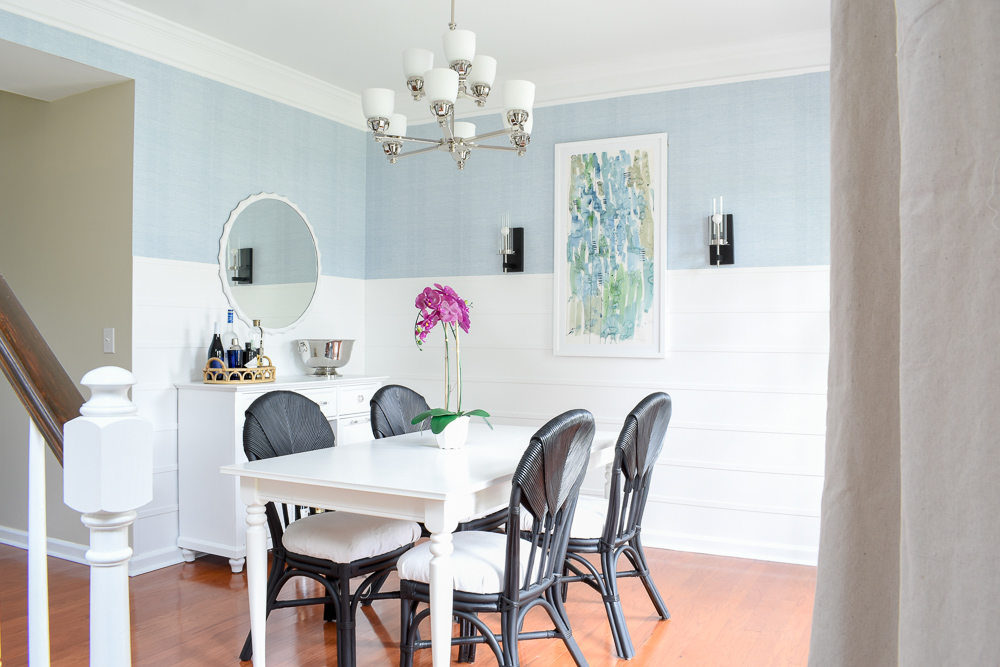 Staging a dining room to sell