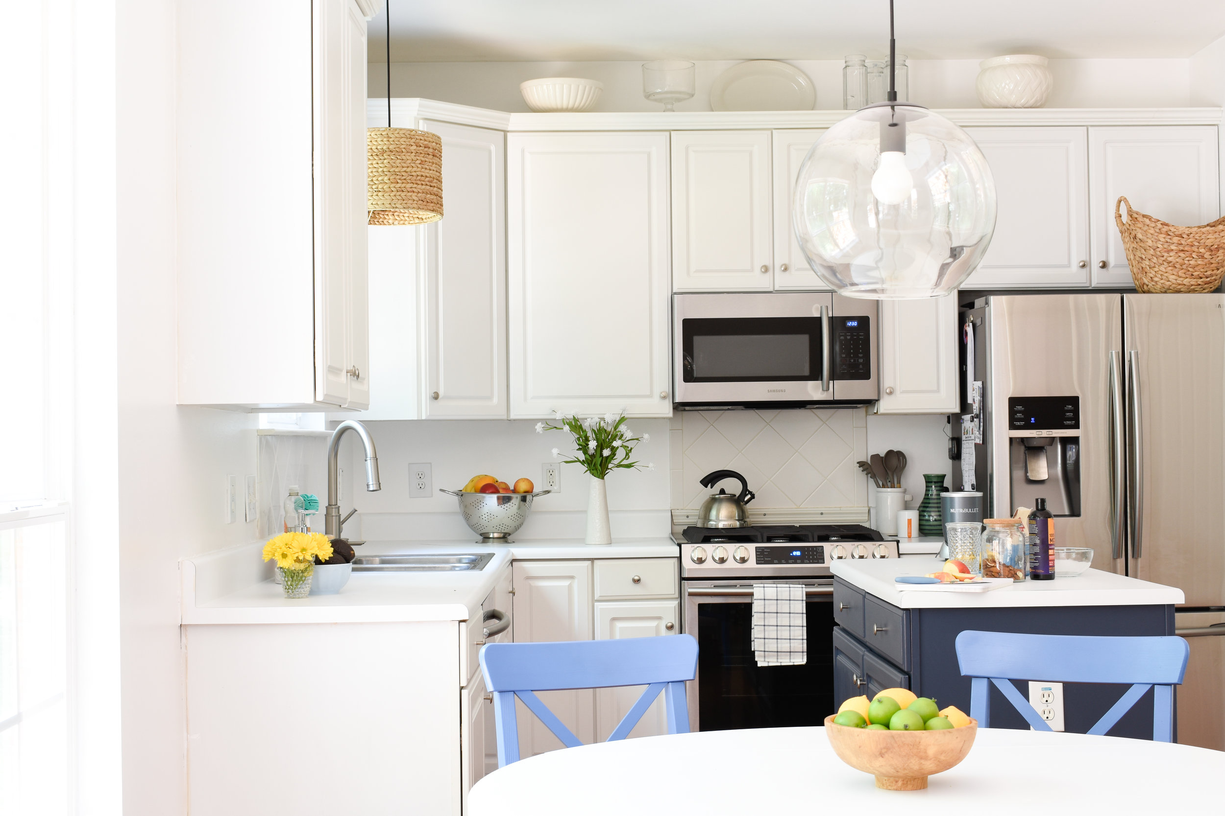 summer kitchen updates - white kitchen with pops of color