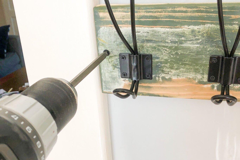 Installing a wooden hook rail