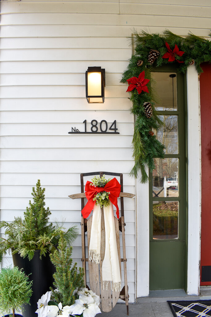 THREE EASY WAYS TO DECORATE YOUR FRONT PORCH FOR CHRISTMAS