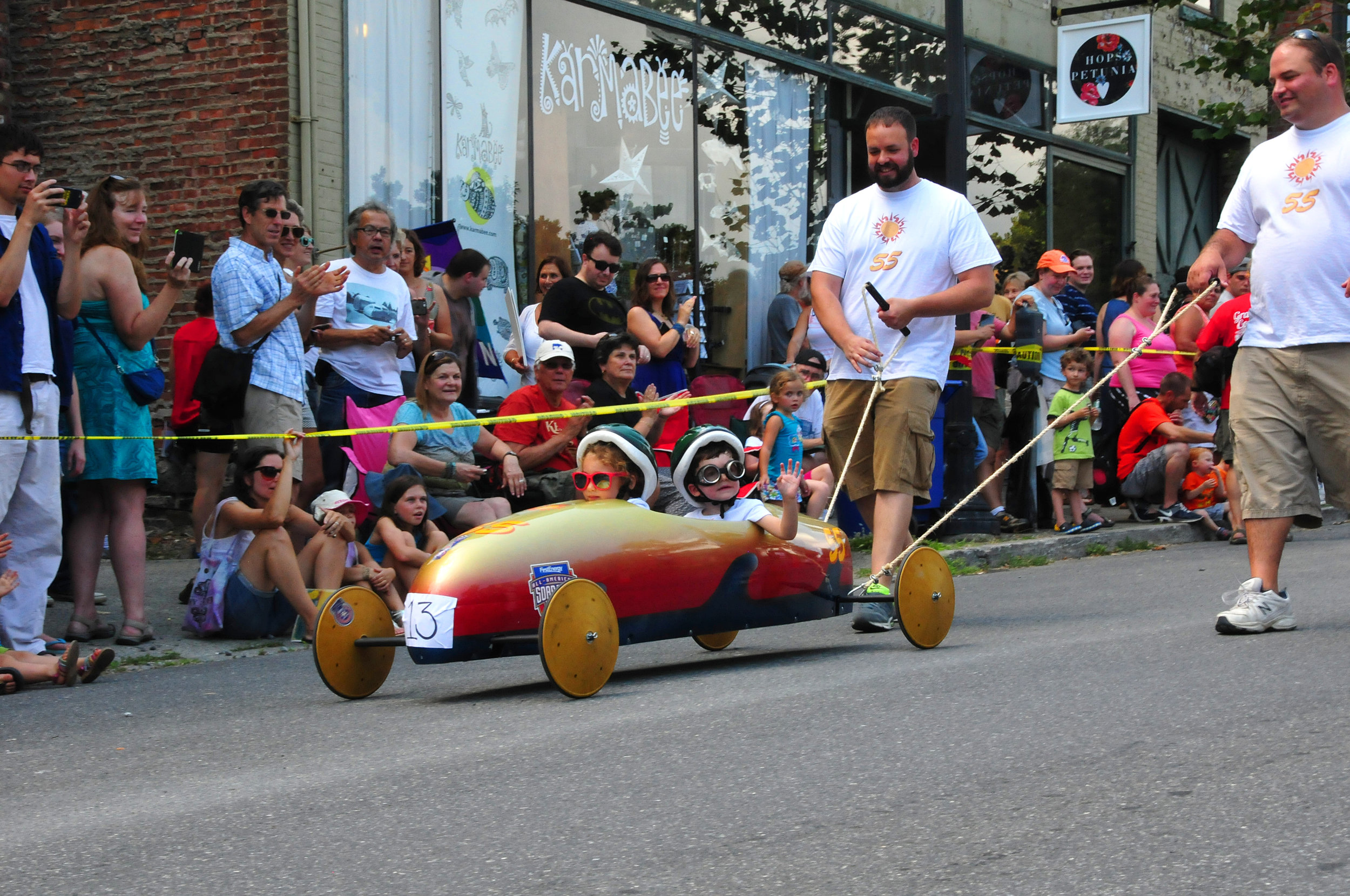15 Kingston Soapbox Derby - 8 of 17.jpg