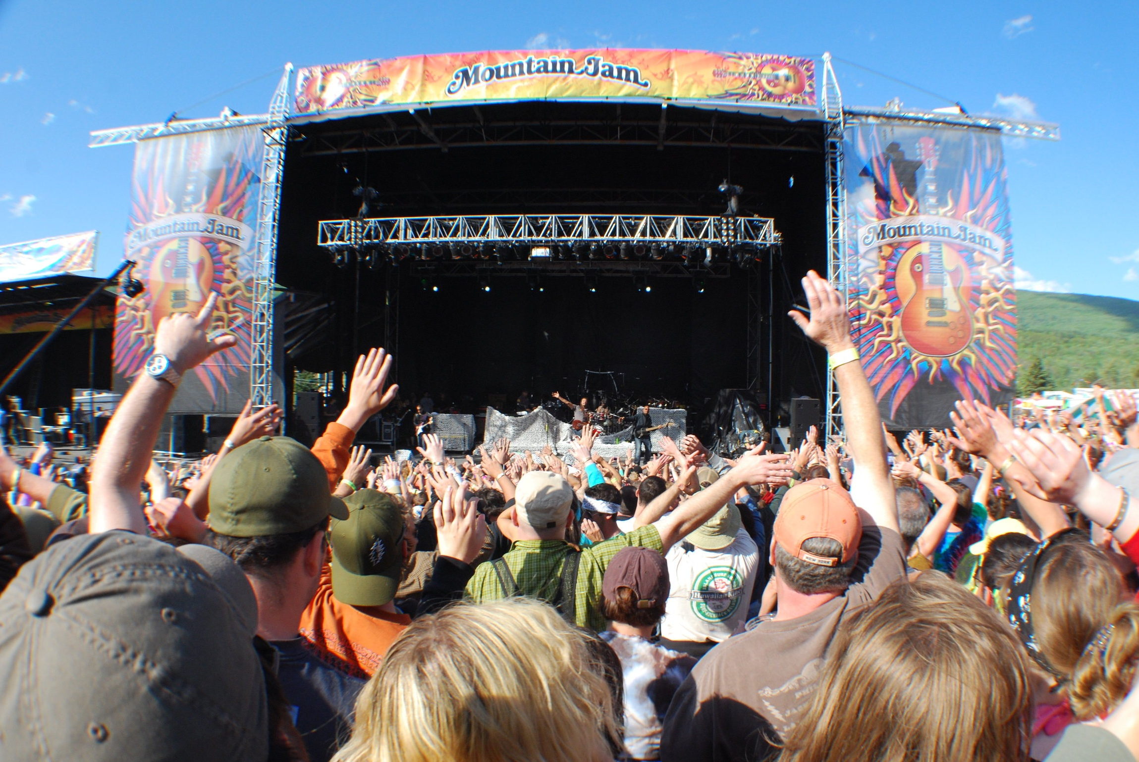 Mountain Jam heads to Bethel Woods this Thursday through Sunday with headliners including Willie Nelson, Gov't Mule, Phil Lesh and Friends and more. (Photo by Niki DeLawder)