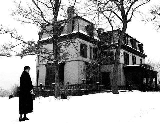 Eleanor outside Oak Terrace.