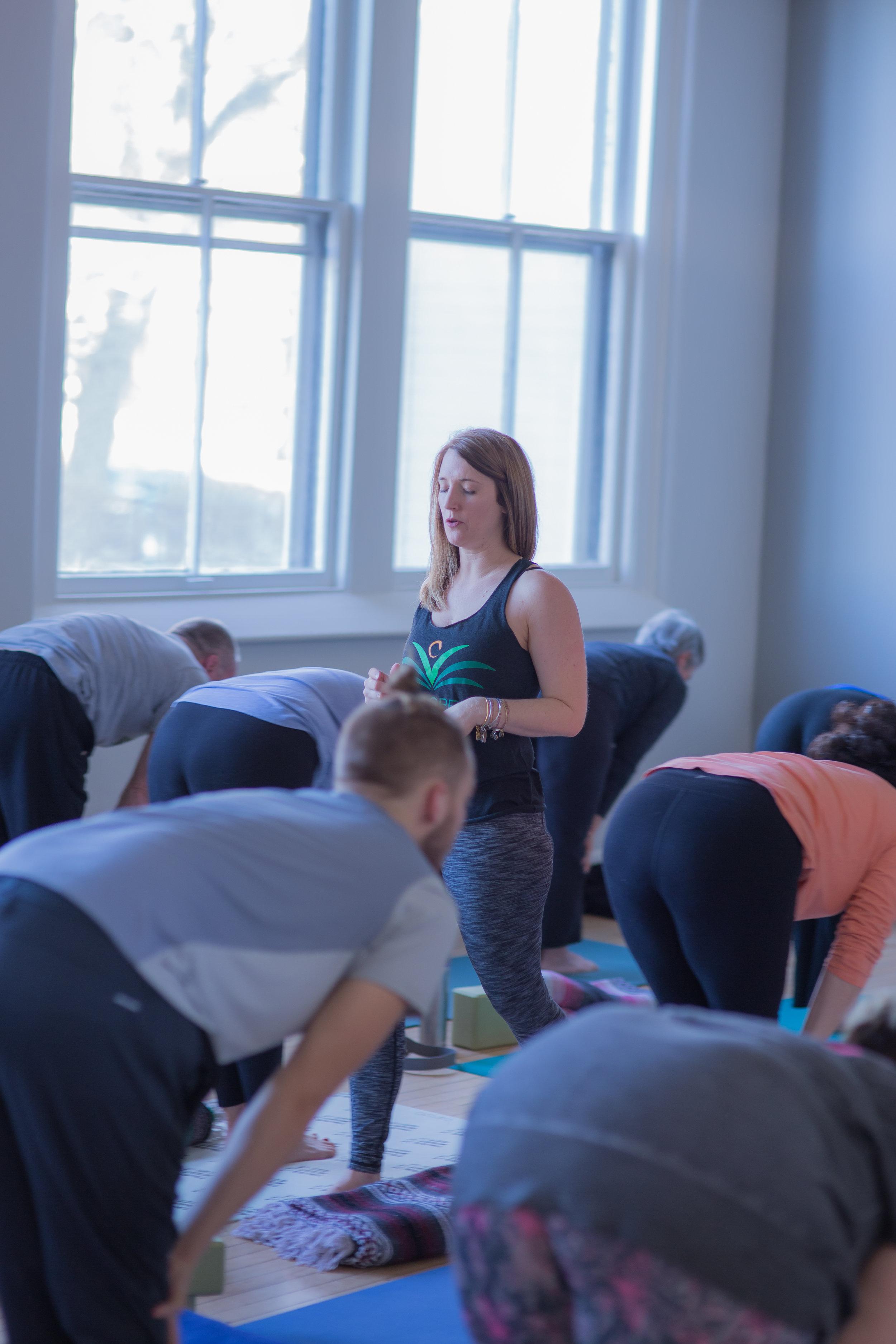 yogaclass-2.jpg