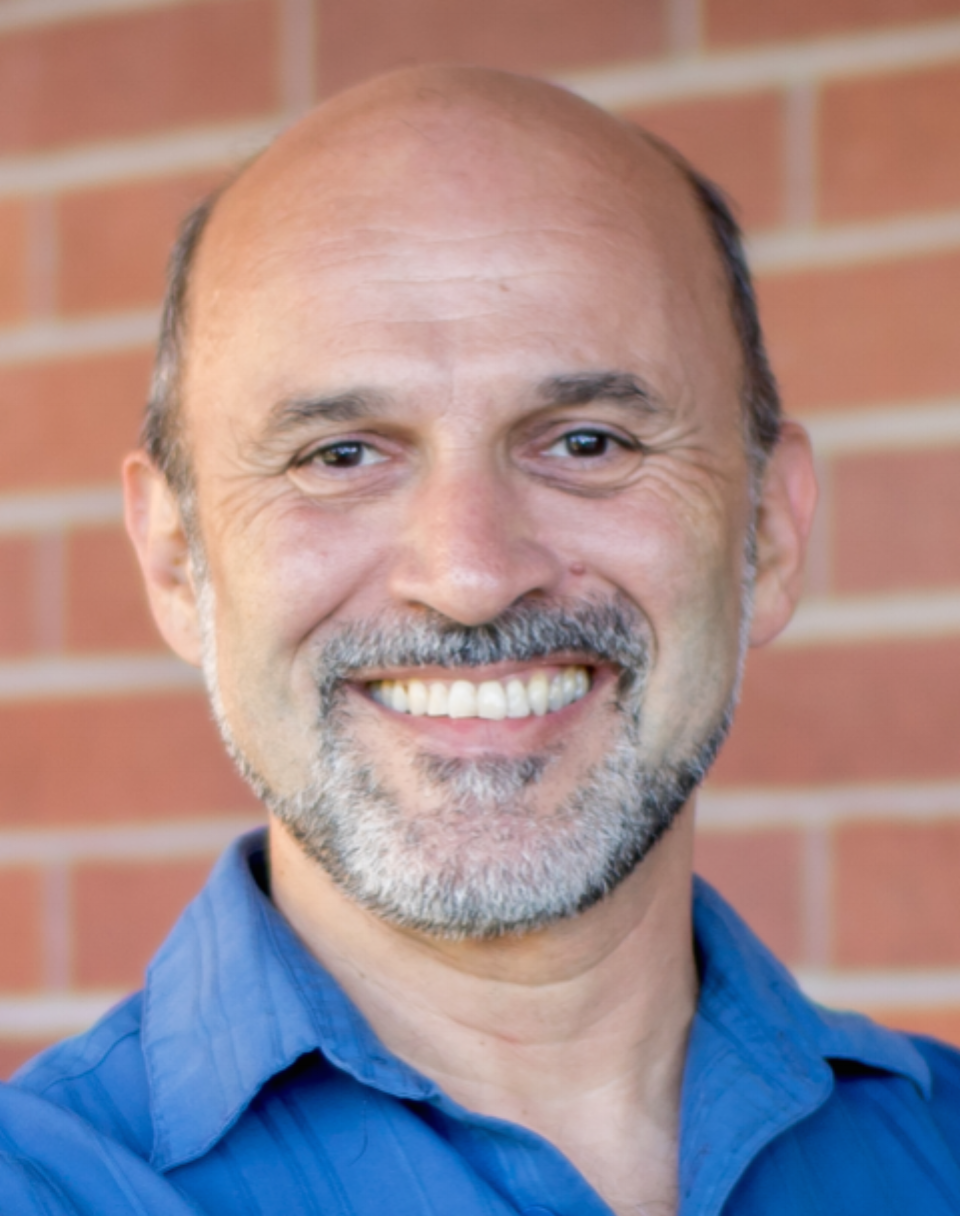 Dr. Marco Molinaro