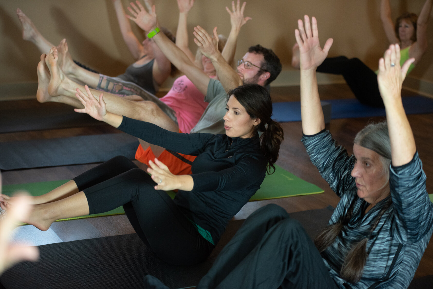 Core Clinic - This is a core-focused yoga class for all levels. Includes some flow sequences as well as targeted core exercises designed to build strength and stability.A strong core helps in all areas of the physical yoga practice, from balancing to arm balances or backbends, or just standing a little taller in mountain pose.