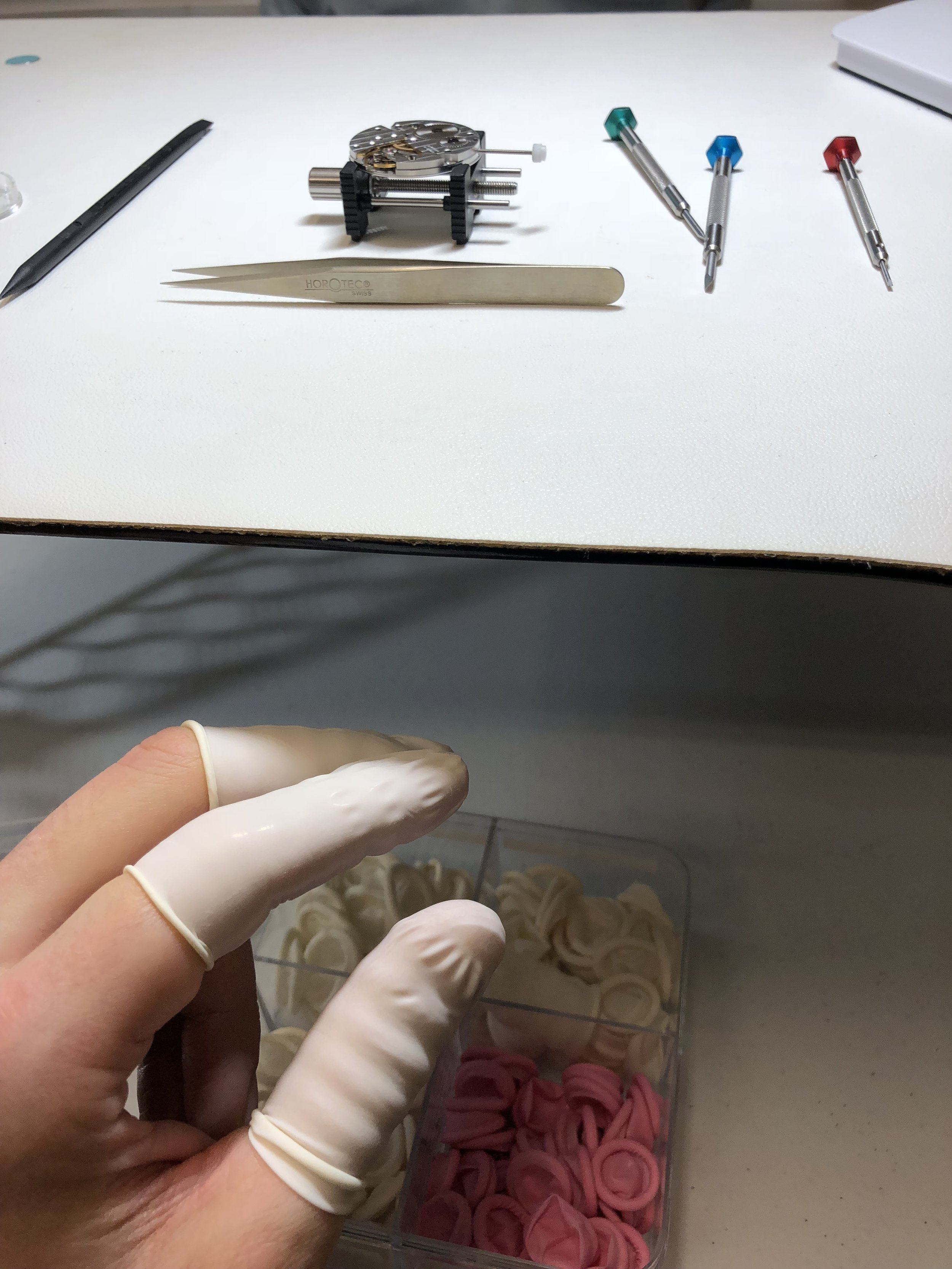 Finger Cots - Oil free handing