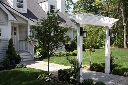 front-yard-arbor-elaine-m-johnson-landscape-design_3259.jpg