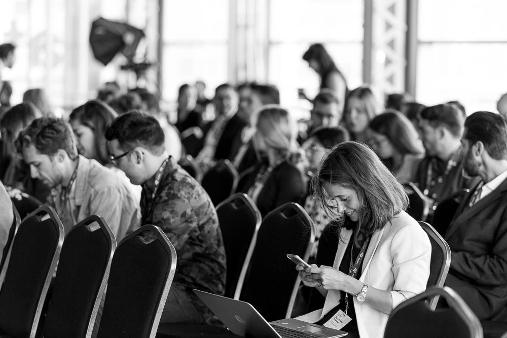 Plateforme(s) - Du 13 au 15 septembre se déroulait Plateforme(s), Le Sommet québécois des médias.Infopressem'a demandé de documenter cet événement dédié à questionner et repenser l'industrie. 8 formations spécialisées, 20 conférences et 6 études de cas plus tard, voici quelques images de ce que j'ai ramené…