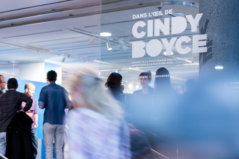 37e avenue + Place des Arts   Mise en place finale et vernissage  Dans l'oeil de Cindy Boyce .