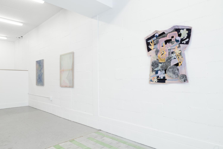 Galerie L'Inconnue   Installation et mise en place finale  Four Pillars  - Hanna Hur, Laurie Kang, Maia Ruth Lee, Zadie Xa