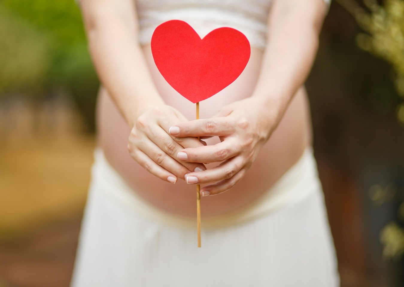 The Right Birth on the Day Packages    Pregnancy throwing some curve balls? 'RBOTD' offers tailored support should you be expecting special circumstances such as previous or planned caesarean, breech babies or twins.