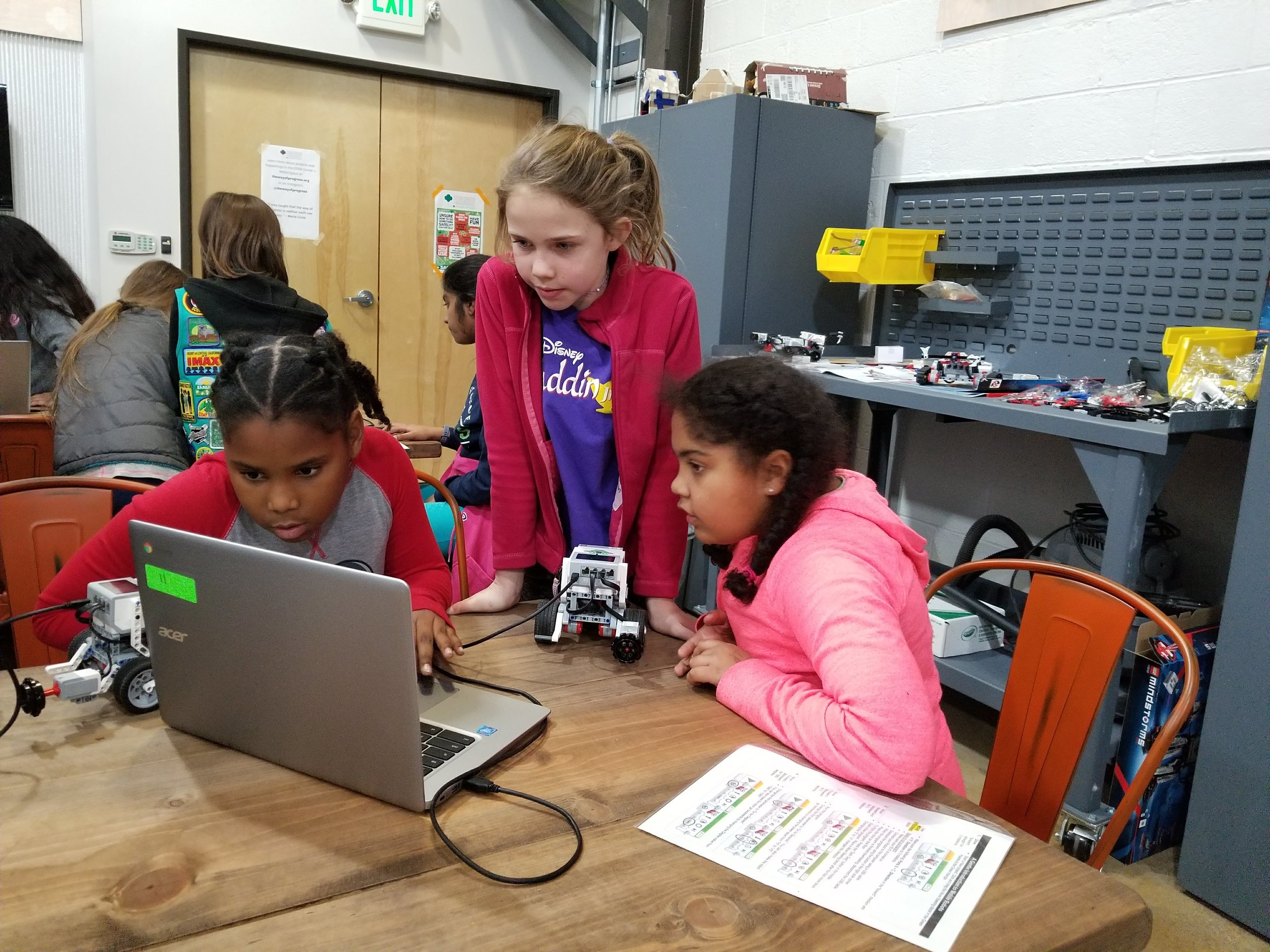 Troubleshooting their robot's programming