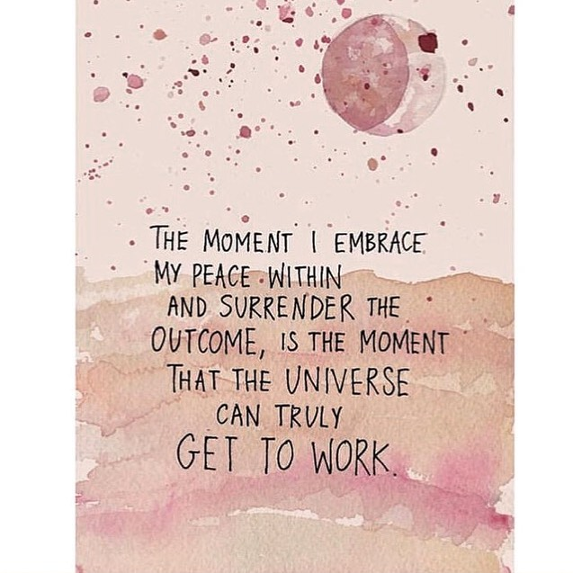 We love @gabbybernstein over here ⭐️💫 • • Start the week out co-creating with the universe ... so much more gets done 🗓✅🙏🏻💫 • • #squad #gabby #universe #letgo #surrender #cocreate #monday #goals #membership #spiritjunkie #spiritual #mindbodyspirit
