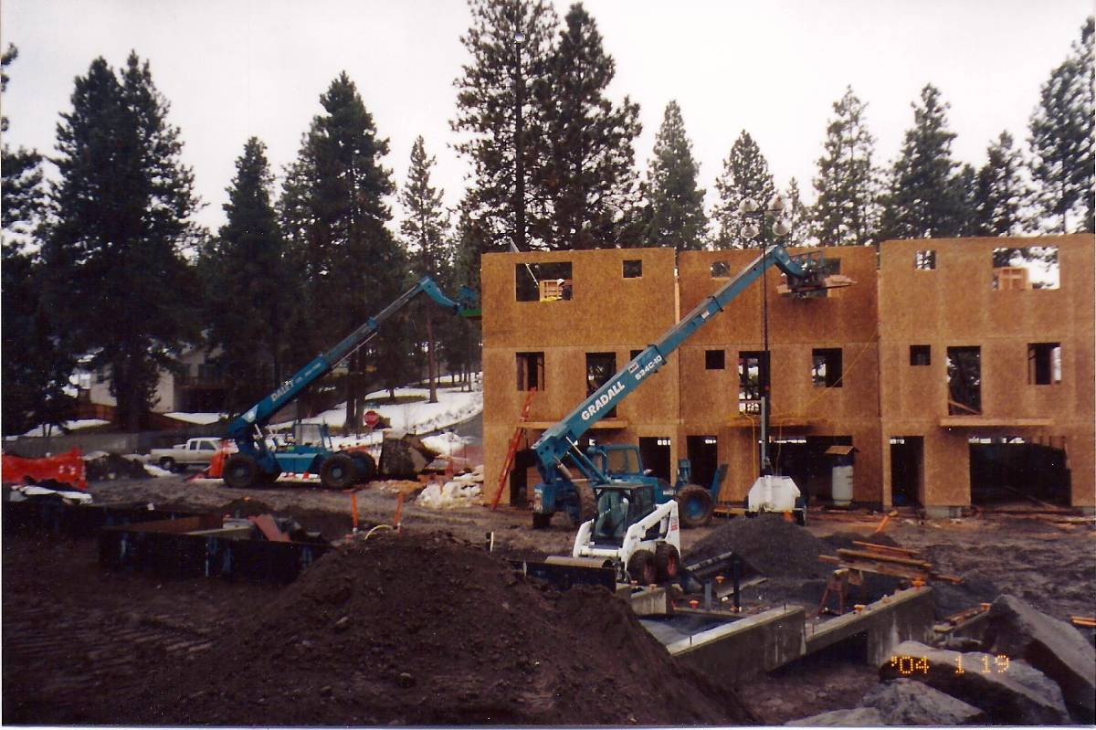 Pence Place Townhomes | Bend, OR | Jan. 2004