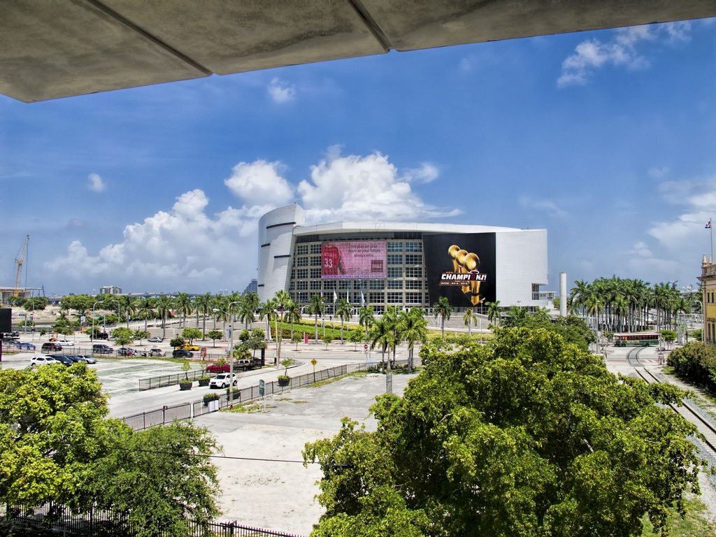 American-Airlines-Arena-Miami.jpg