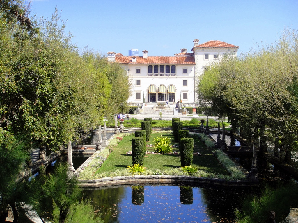Vizcaya-Museum-and-Gardens.jpg