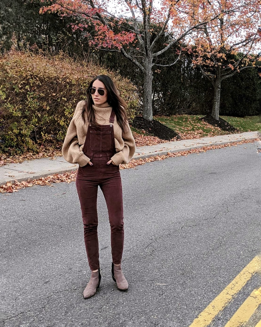 Wearing:  H&M   Sweater     | Free People   Overalls   | H&M  Booties