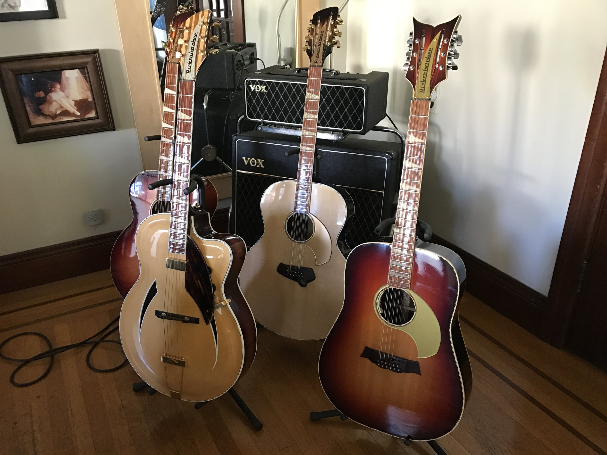 3 FLAT TOP 12-STRINGS AND A JAZZBO IN FRONT