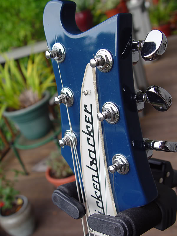 HEADSTOCK WITH VINTAGE TYPE PLEXIGLAS NAME PLATE