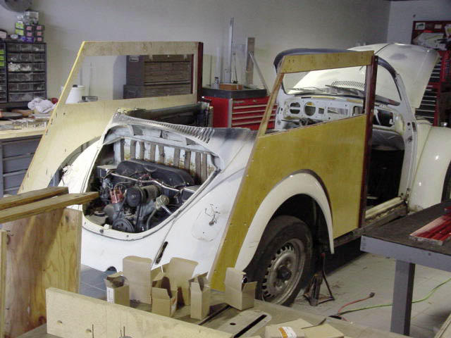 "MOUNTING ON ""FUSCA"" COMMENCES"