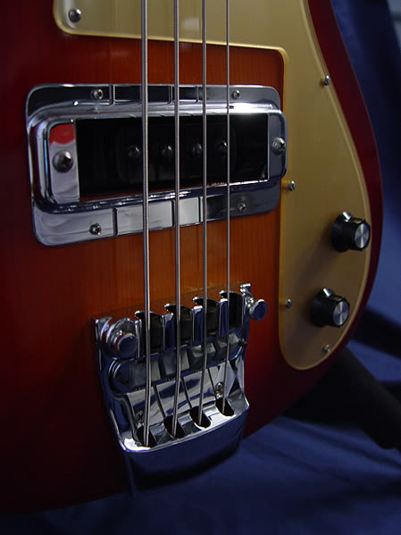 1975 4000S RESTORED IN AMBER FIREGLO WITH GOLD PICKGUARD
