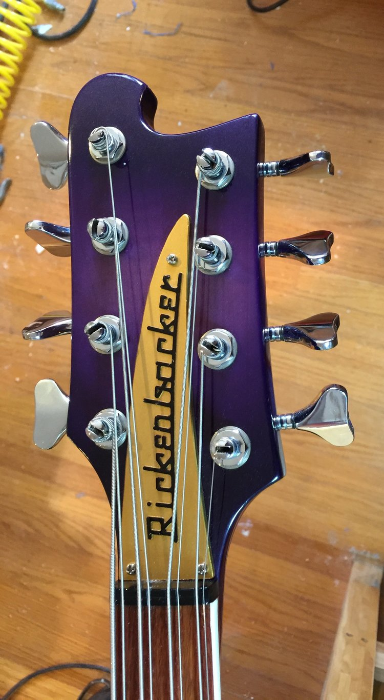 UNIQUE PURPLEBURST 4000S 8-STRING BASS