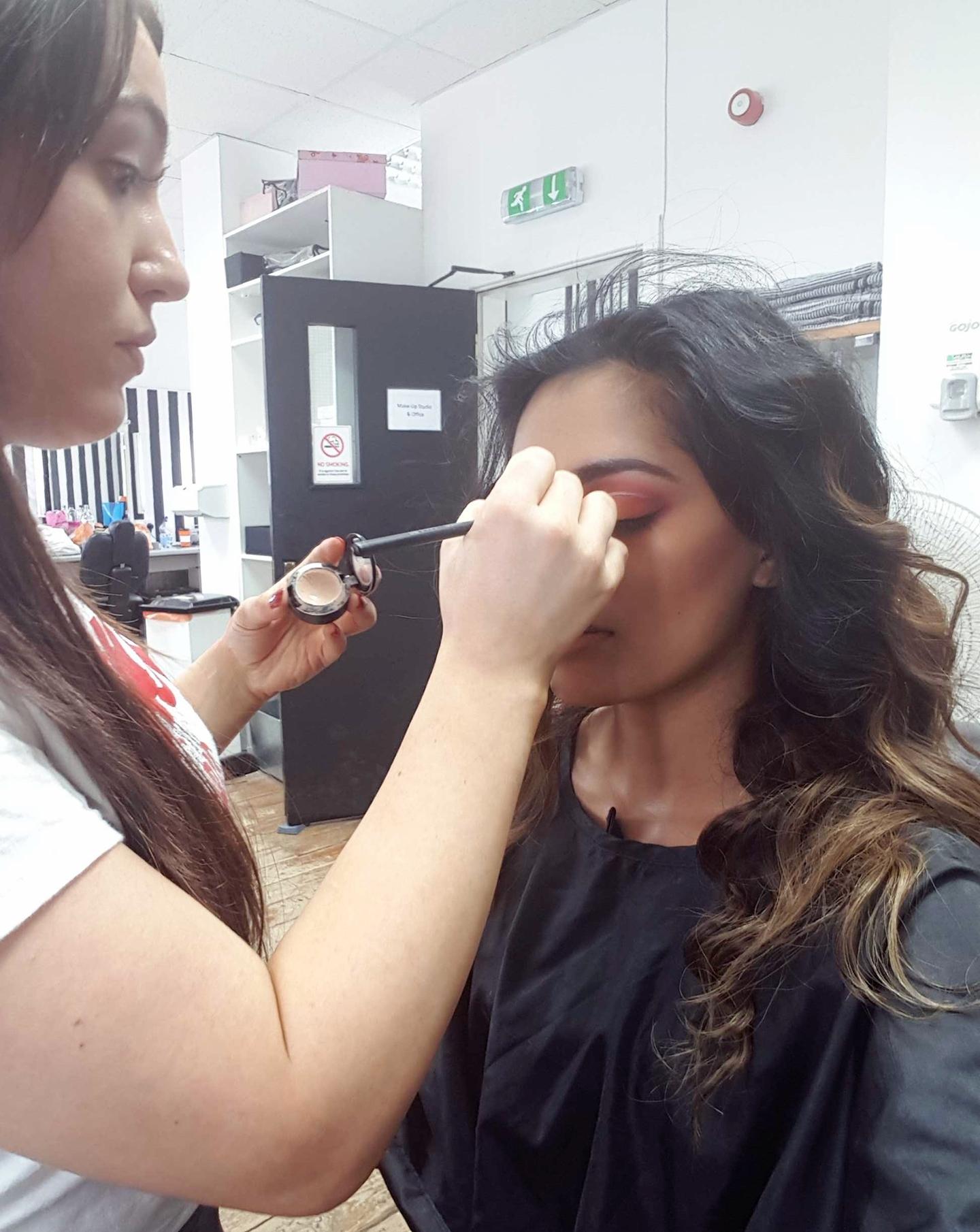 makeupschool3.jpg