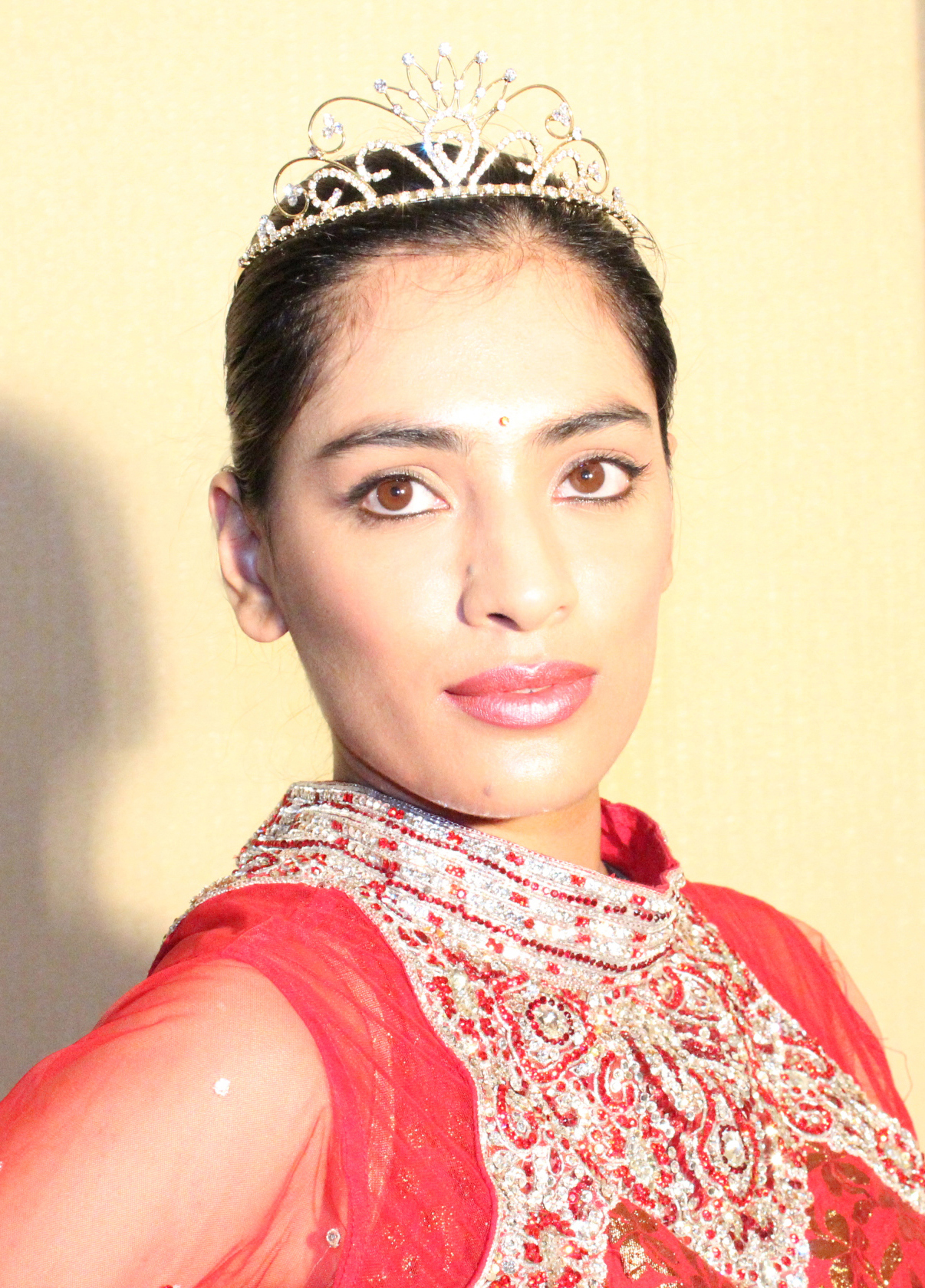 missIndia_crown.jpg