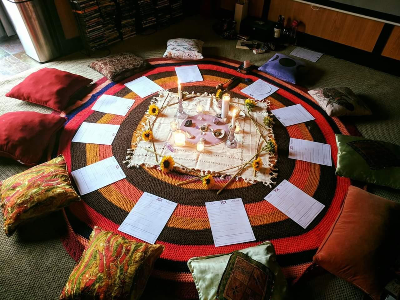 Full Moon Circle with Genevieve