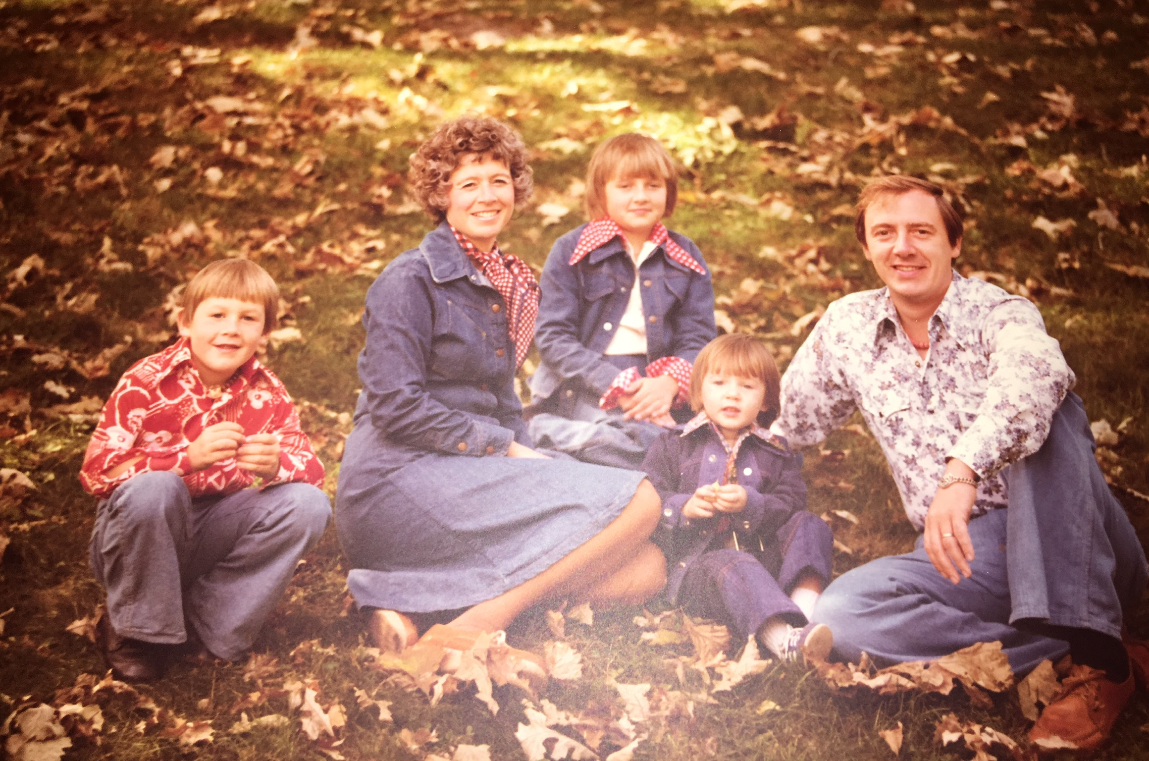 The Schmitz family - Rockin' the 70's in Style!