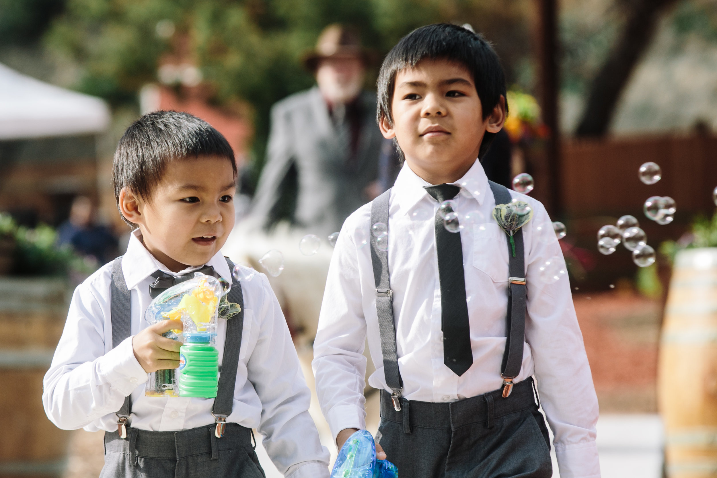 Ring Bearers with bubbles
