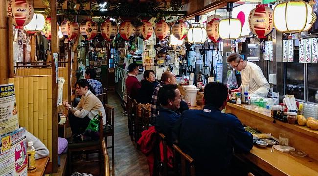 Izakaya (居酒屋) - bar à vin/tapas Japonais